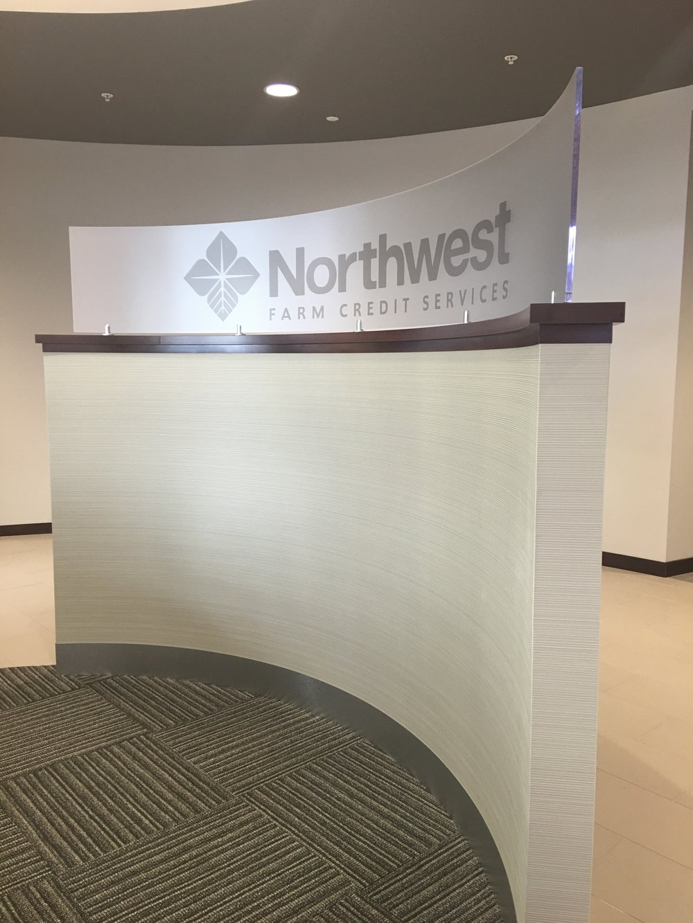 Custom signage / Curved wall