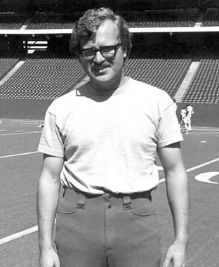 This is Belichick as a Colts Special Assistant in 1975. Some guys just never lose the fashion style.