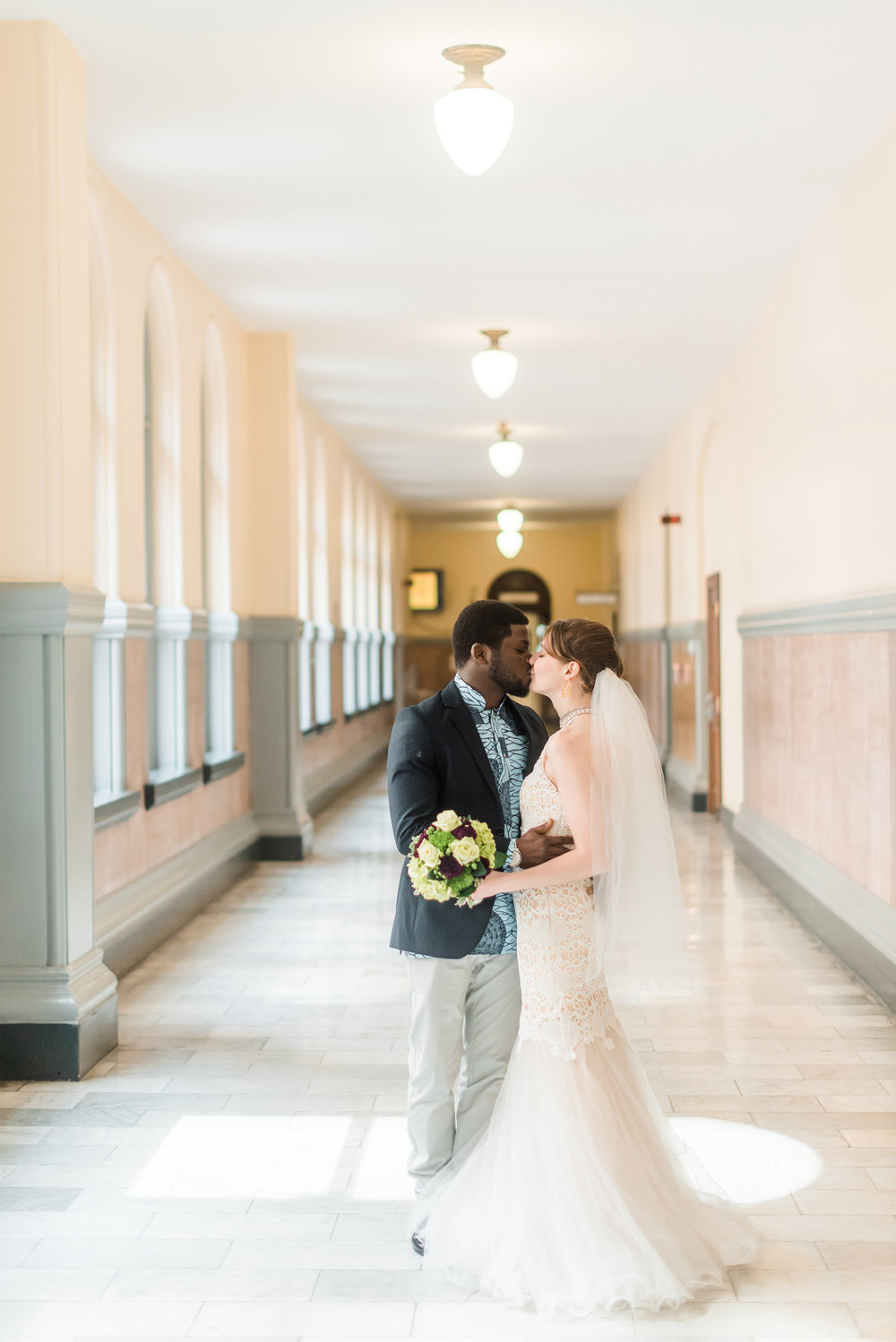 pittsburgh-wedding-photographer-elopement-courthousewedding-downtown-city0309.jpg
