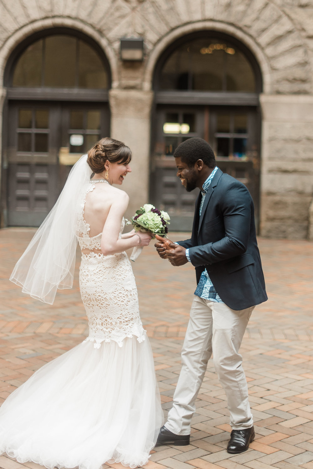 pittsburgh-wedding-photographer-elopement-courthousewedding-downtown-city0312.jpg