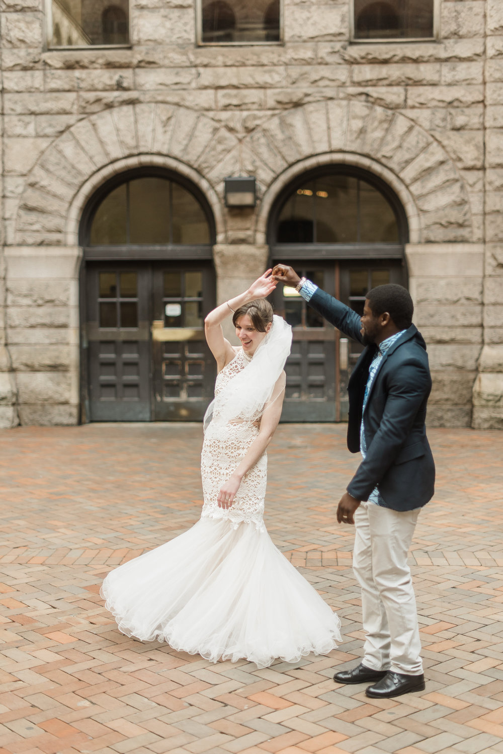 pittsburgh-wedding-photographer-elopement-courthousewedding-downtown-city0313.jpg