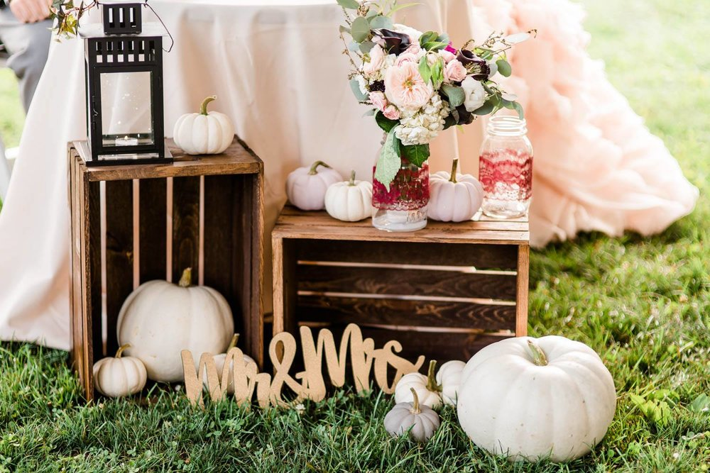 armstrong-farms-wedding-fall-autumn-boho-rustic-0037.jpg