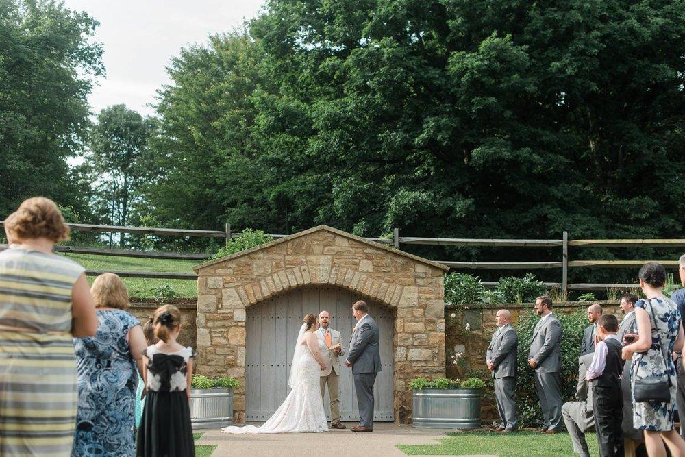 pittsburgh-botanic-garden-wedding-rustic-romantic-pennsylvania-0020.jpg