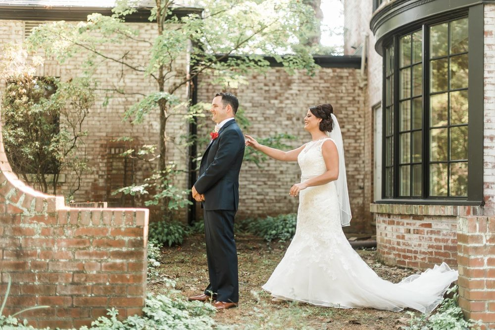 succop-conservancy-pennsylvania-outdoor-glam-jewel-tone-fall-autumn-wedding-0012.jpg