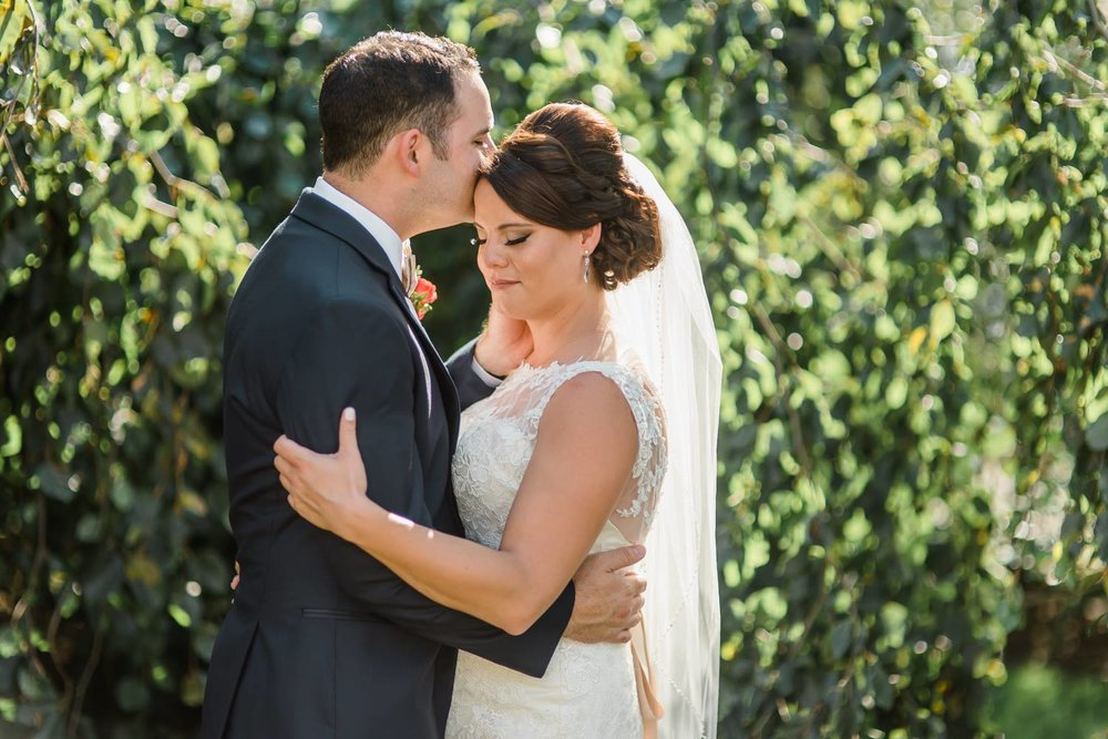 succop-conservancy-pennsylvania-outdoor-glam-jewel-tone-fall-autumn-wedding-0020.jpg