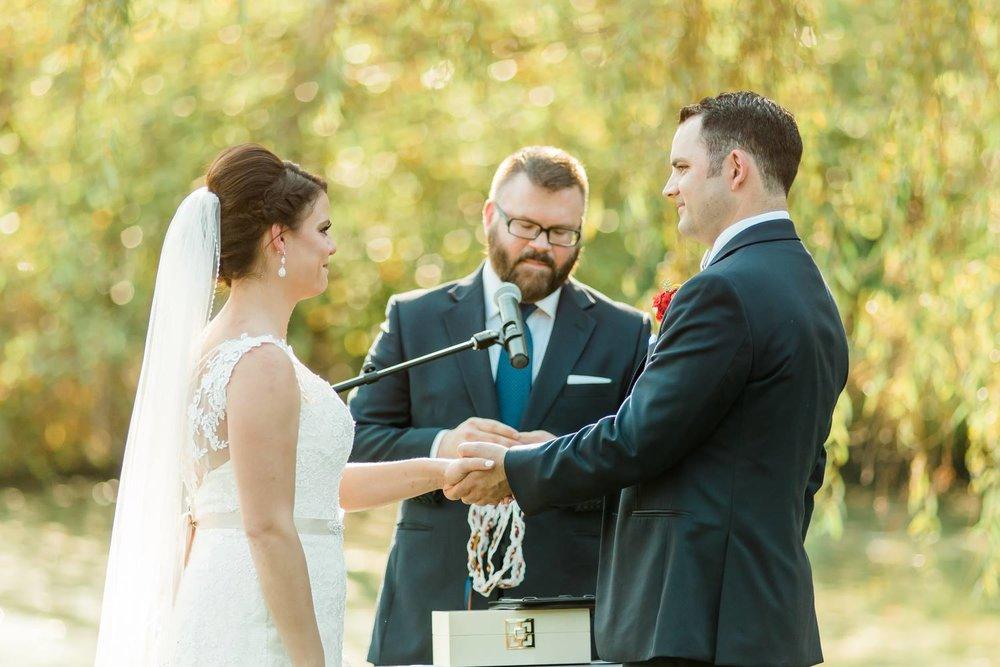 succop-conservancy-pennsylvania-outdoor-glam-jewel-tone-fall-autumn-wedding-0026.jpg
