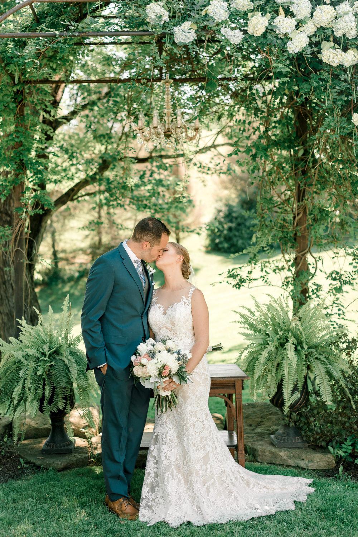shady-elms-farm-pittsburgh-wedding-0031.jpg