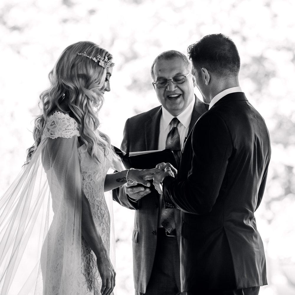 gervasi-winery-wedding-ohio-photography-15.jpg