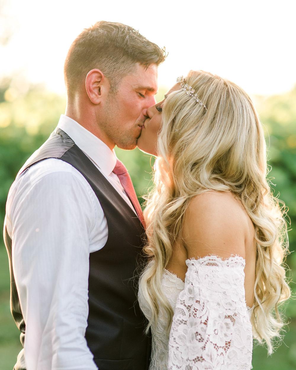 gervasi-winery-wedding-ohio-photography-32.jpg