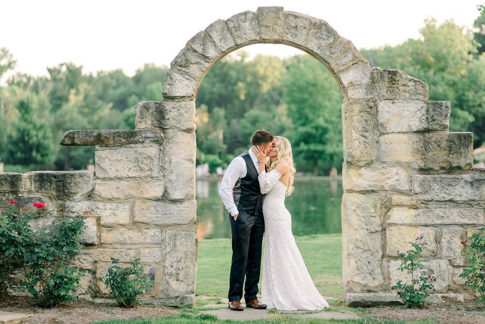 gervasi-winery-wedding-ohio-photography-38.jpg