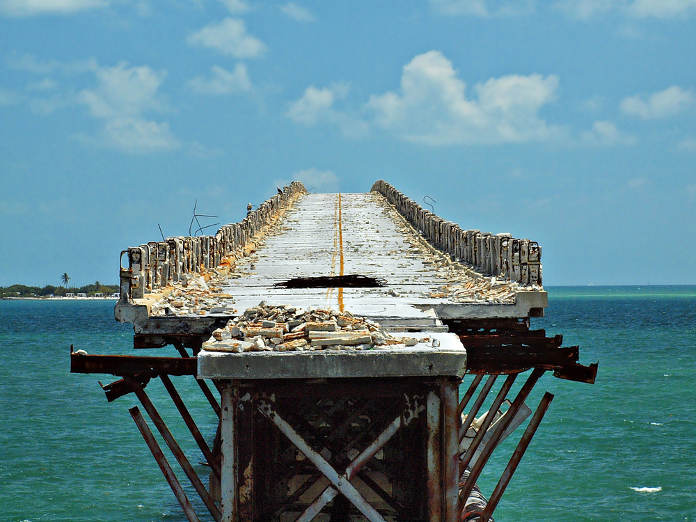 Bahia Honda Bridge in the Florida Keys. The reinforced concrete deck was installed 1938 and abandoned 34 years later. Image ©Phil's 1stPix, used with permission of Creative Commons license