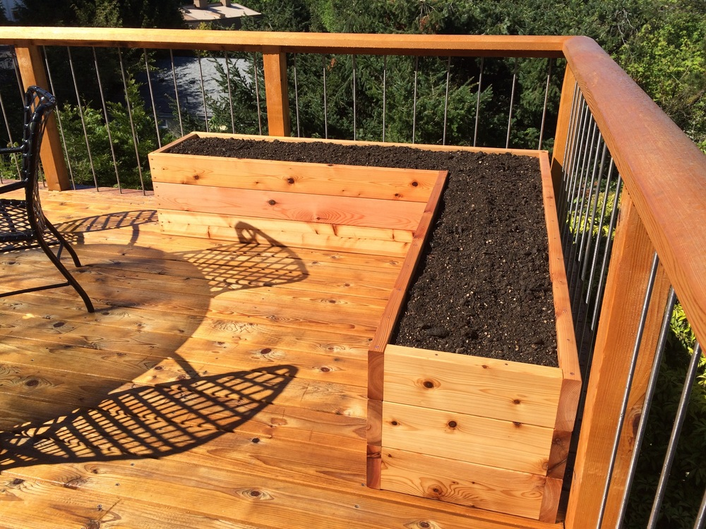 A unique design for an L-Shaped Garden Bed
