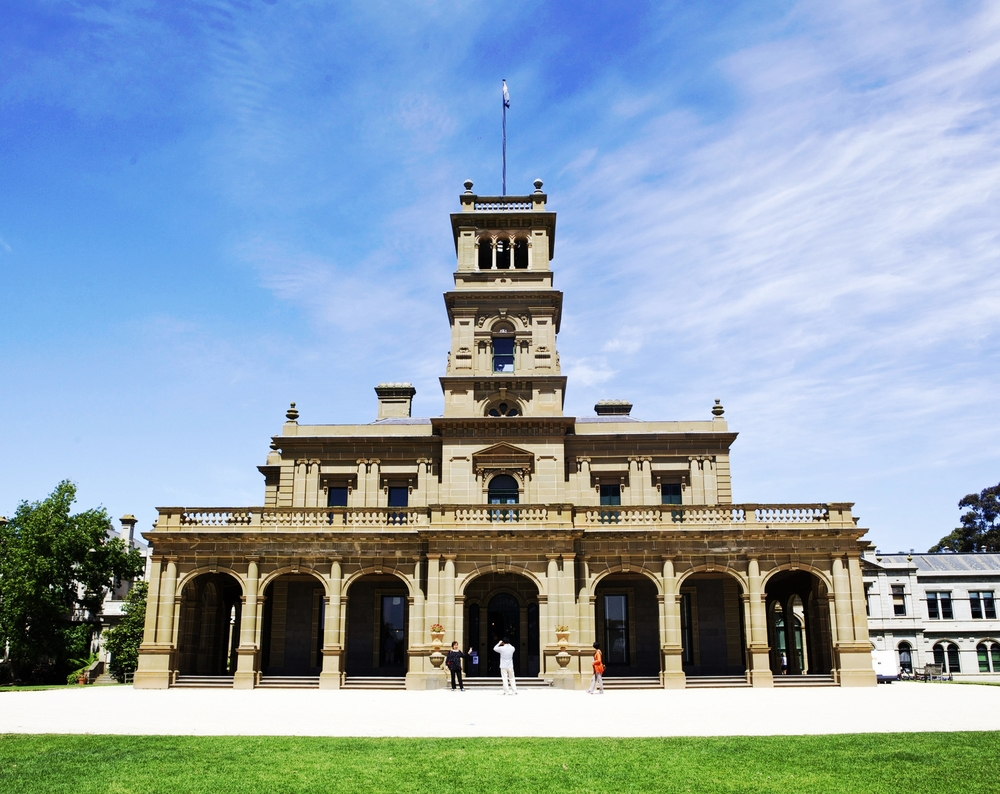 werribee mansion- mamma knows west