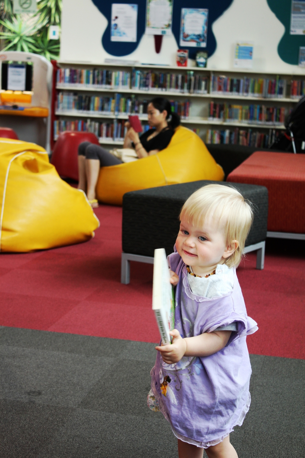 altona meadows library, altona meadows - Mamma Knows West