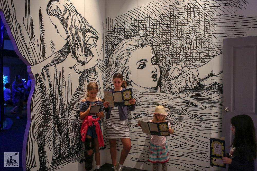 Alice in Wonderland - ACMI  - Mamma Knows West (7 of 32).jpg