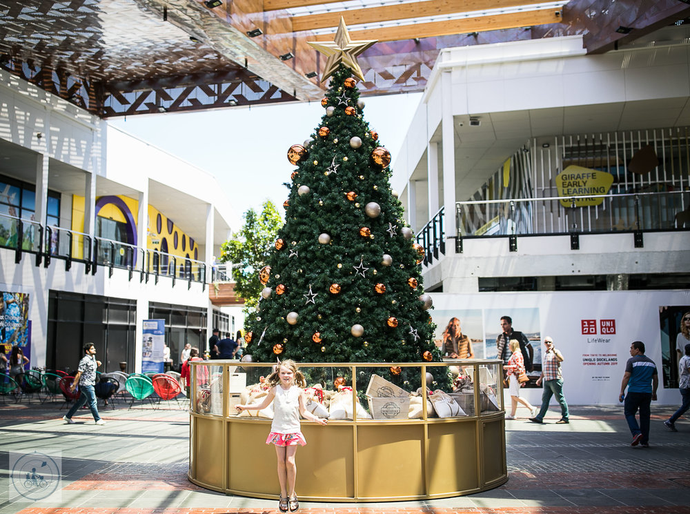 The District Docklands Christmas 2018 Mamma Knows West (9 of 23).jpg