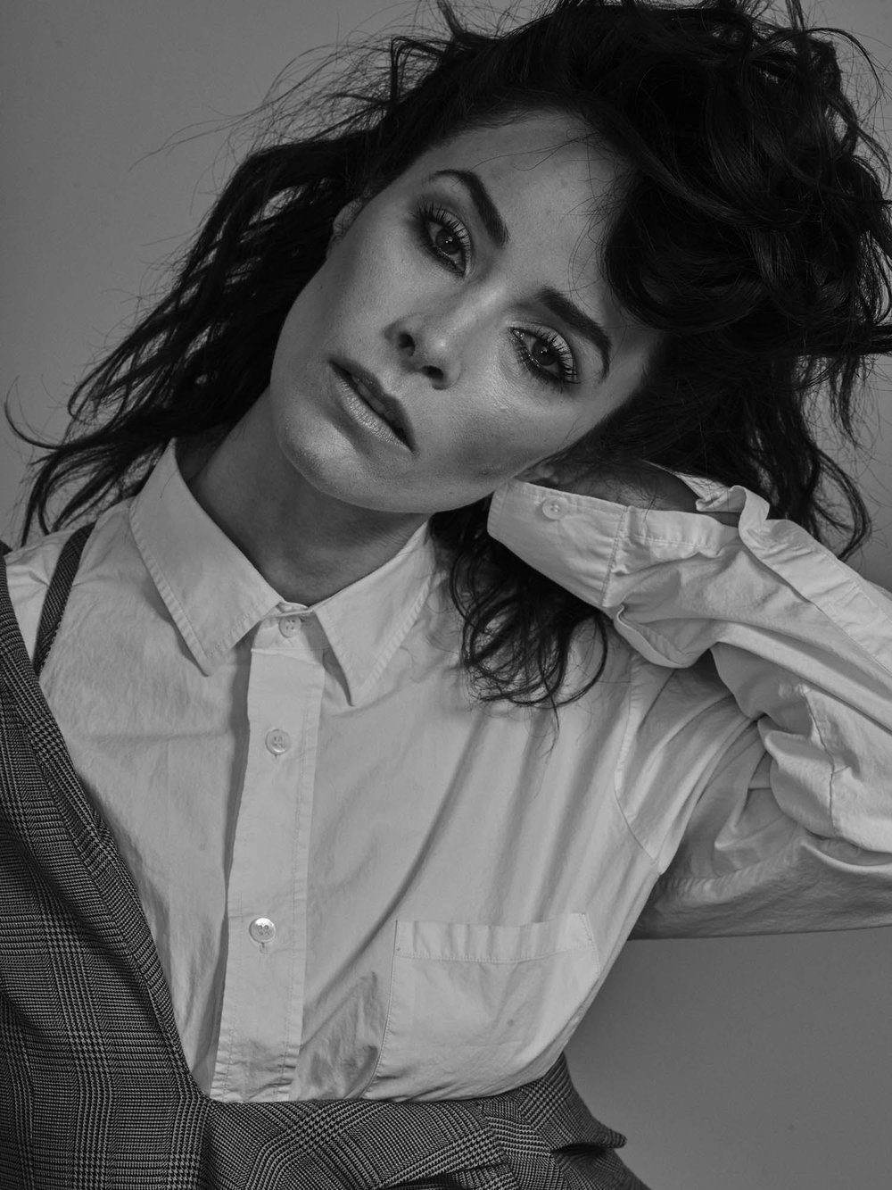 Abigail Spencer for Schon