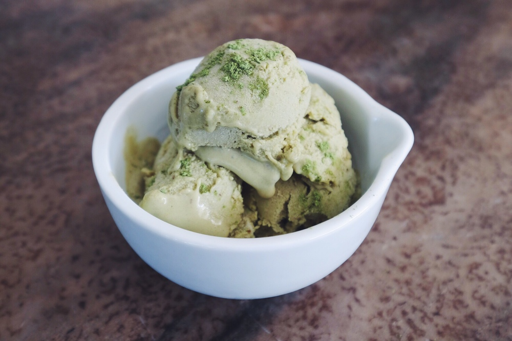 Homemade Coconut Milk Matcha Ice Cream using Matcha Ninja