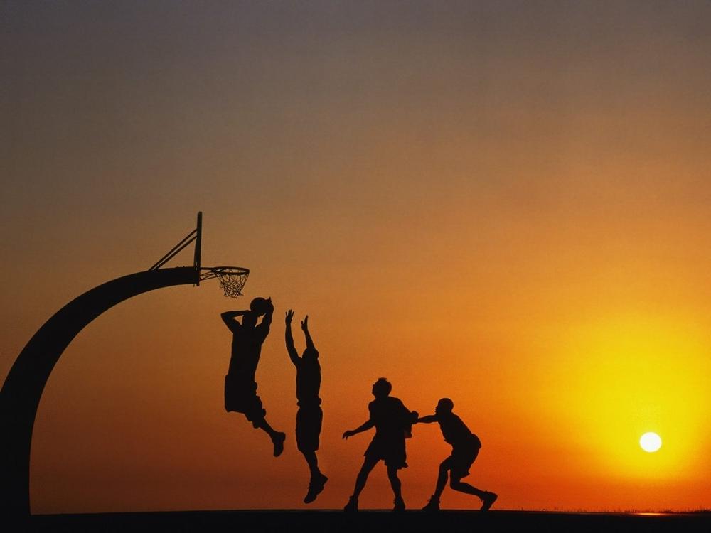 basketball_evening_1600x1200_wallpaper_Wallpaper_2560x1920_www.wallpaperswa.com.jpg