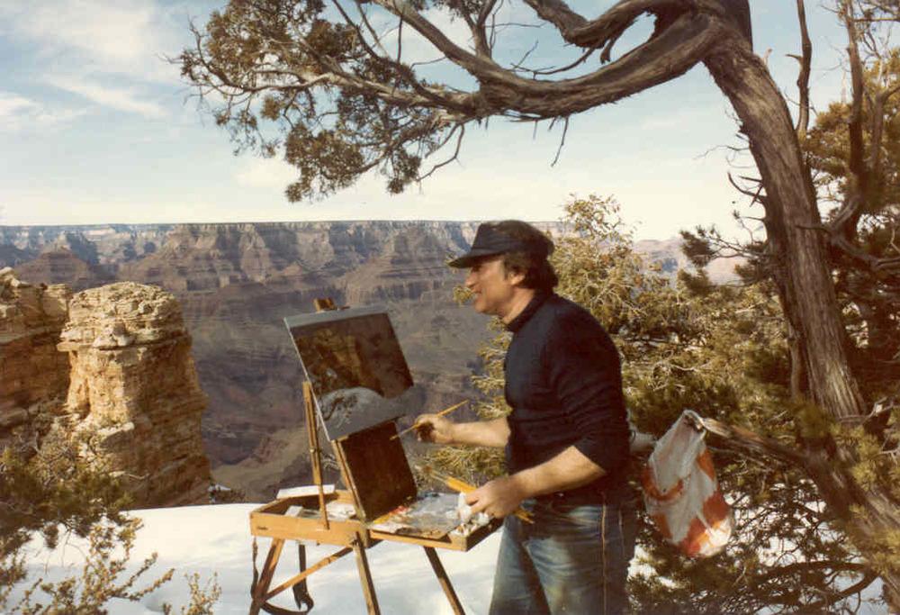 Joe Abbrescia painting the Grand Canyon