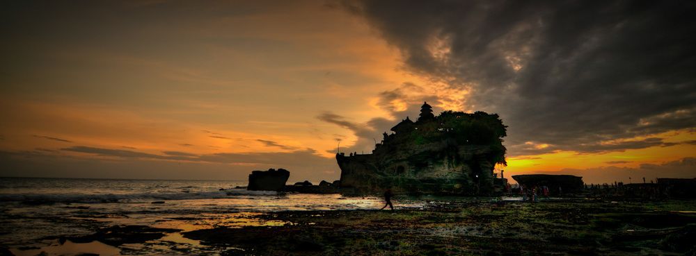 Tanah Lot Sunset Panorama
