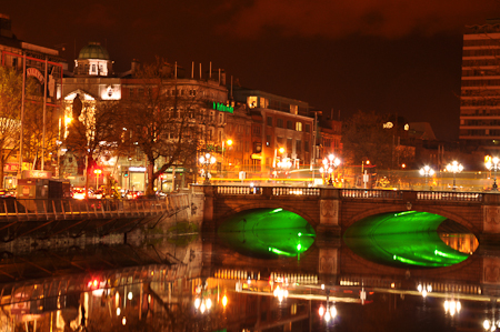 Night_shots_Liffey_075_C_line.jpg