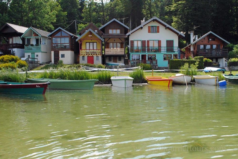 Malbuisson: Franche-Comté, France (Sojourner Tours)