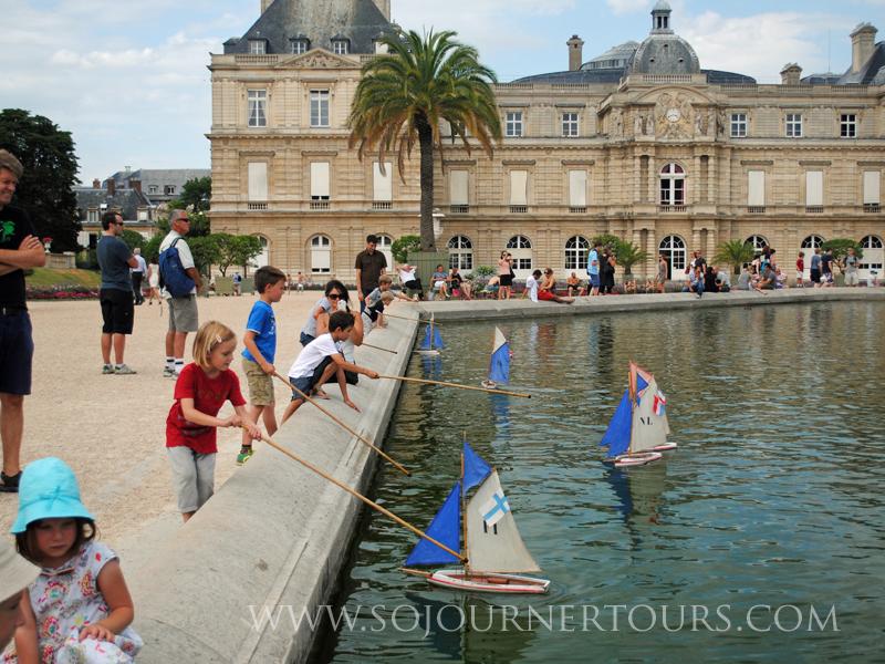 Paris Family Tour: Jardin Luxembourg