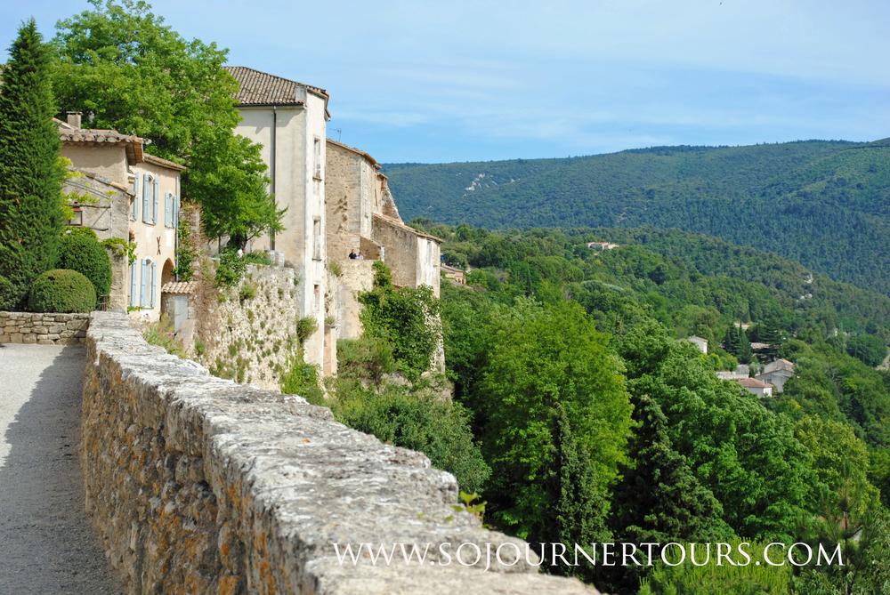 Ménerbes, France: Sojourner Tours