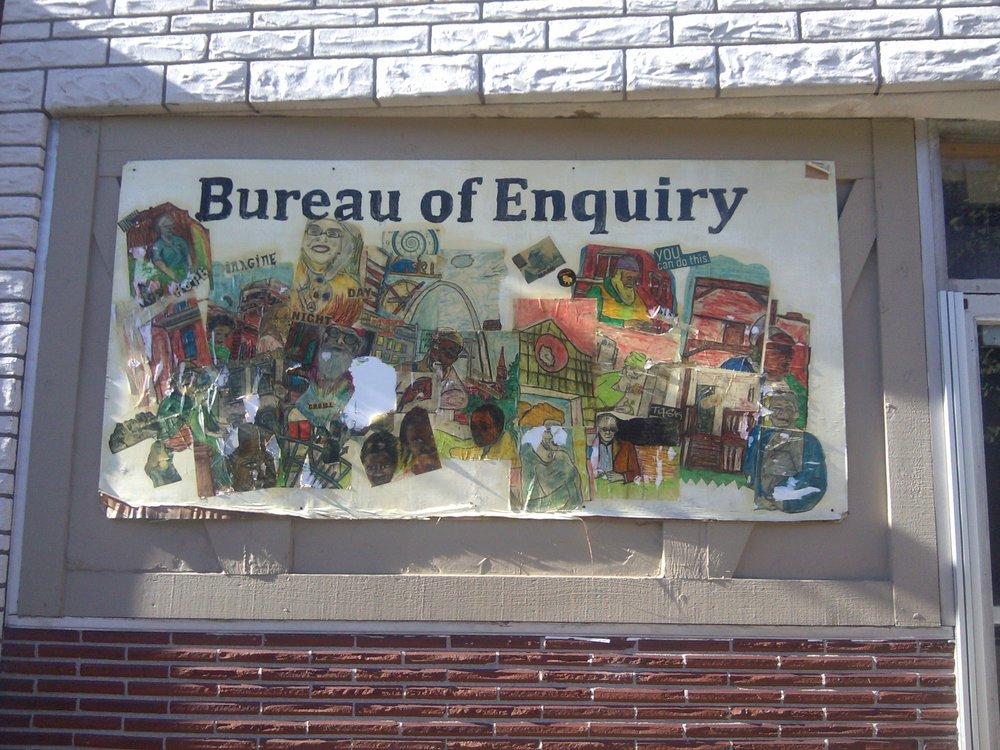 bureau mural color.jpg
