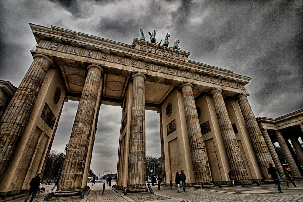 Brandenburg Gate Berlin.jpg