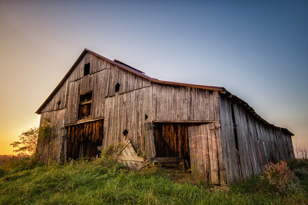 The Old Barn_Kentucky_USA.jpg