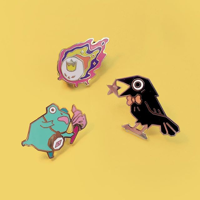 ✨Good news!✨ My online shop will be finally be opening again next Friday and I've stocked up on all my previous enamel pins!  I want to start doing things a little differently this year, so my online store will now be open each season for 1 month instead of all year round. I want to make more time for bigger projects and coming up with new products for you guys 💛