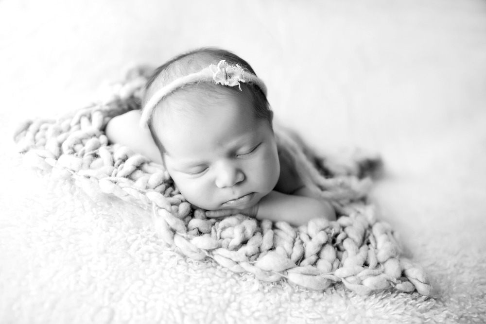 Los-Angeles-Newborn-Baby-Portrait-Studio-Maternity-Photos-V-Kendal-Photography169.JPG