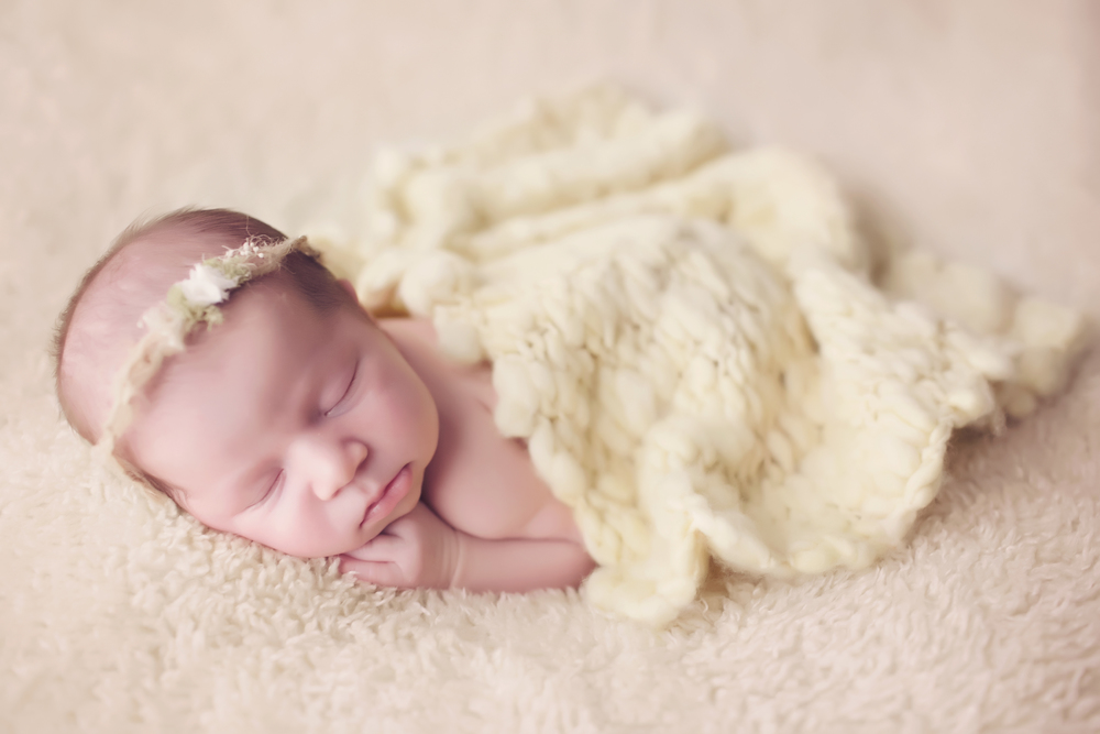 Los-Angeles-Newborn-Baby-Portrait-Studio-Maternity-Photos-V-Kendal-Photography179.JPG