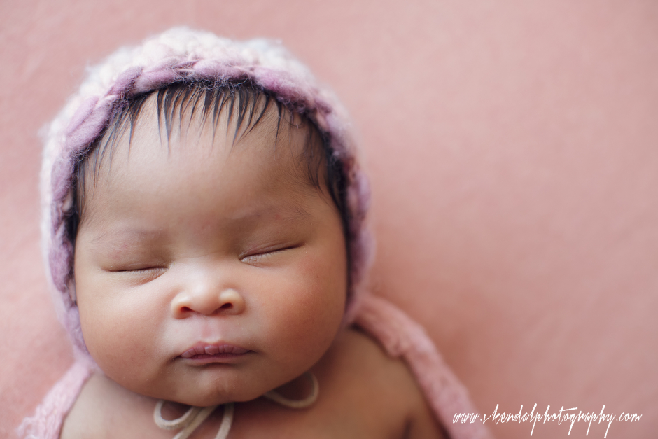 LOS-ANGELES-BABY-PHOTOS-MATERNITY-NEWBORN-PHOTOGRAPHY-VALERIE-KENDAL-V-KENDAL-PORTRAIT-STUDIO2770.JPG