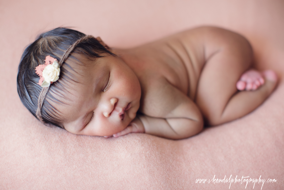 LOS-ANGELES-BABY-PHOTOS-MATERNITY-NEWBORN-PHOTOGRAPHY-VALERIE-KENDAL-V-KENDAL-PORTRAIT-STUDIO2773.JPG