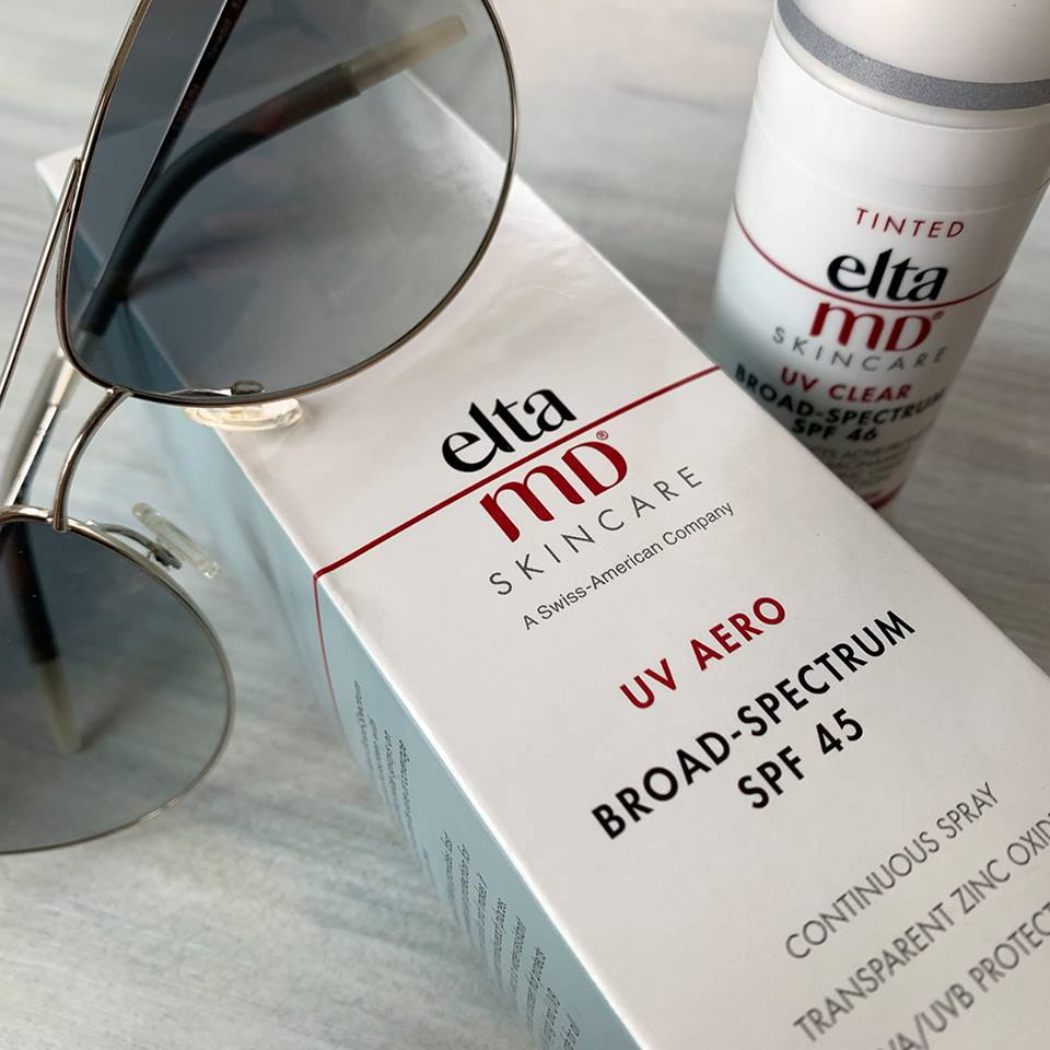 A fragrance-free formula for those with sensitive skin, who suffer from rosacea or are acne-prone.. Available in clear and tinted.    BUY NOW >>