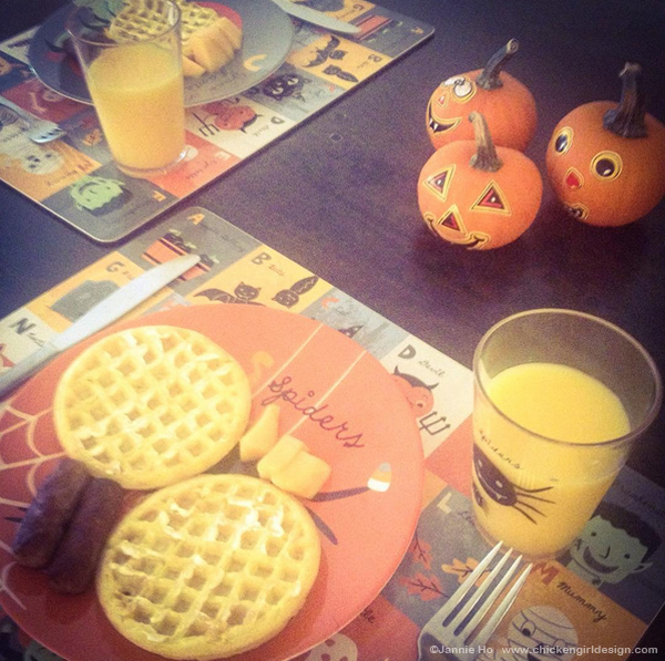 halloweenbreakfast.jpg