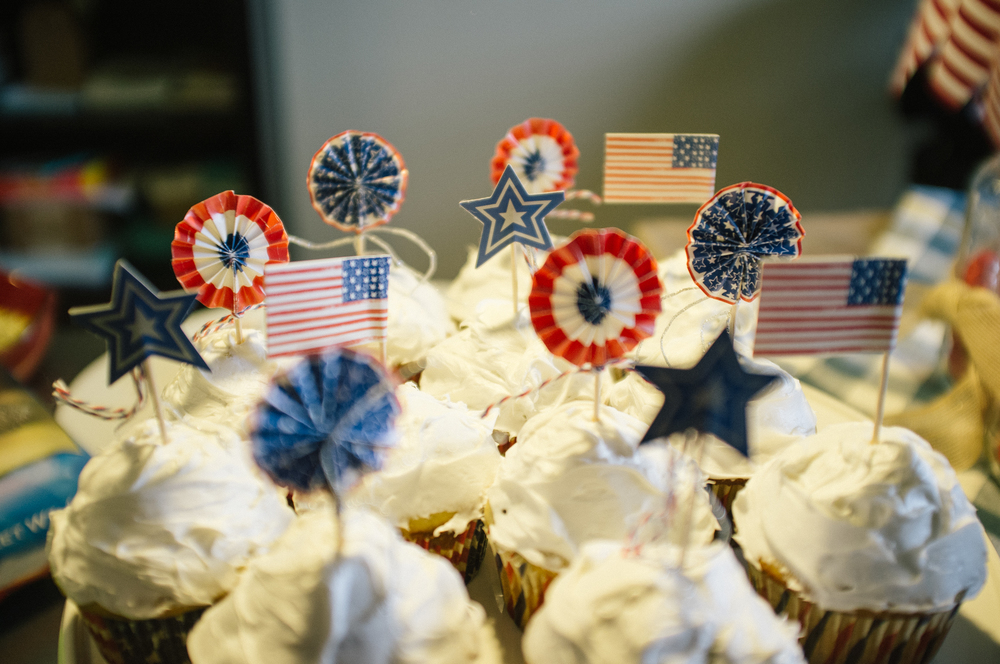 Fourth of July cupcakes the lovingkind