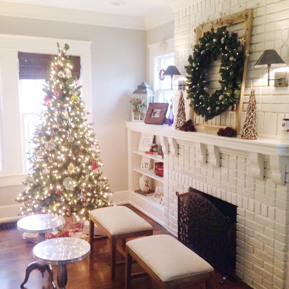 Our new home during the holidays was the perfect example of goal #2. After a year of praying and searching, we treasured getting to settle in and enjoy the peace in our home this Christmas.