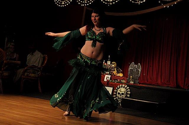 Amani Maharet bellydancing @a restaurant in St. Petersburg, FL.