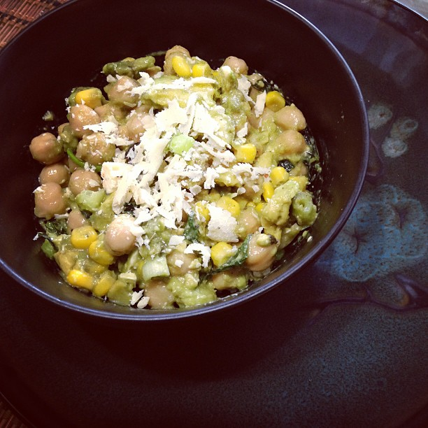 chickpeas corn avocado feta salad