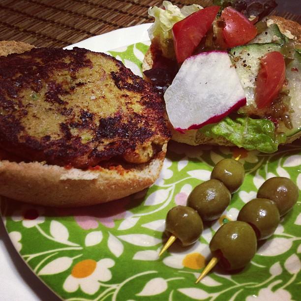 garden fresh veggie burger