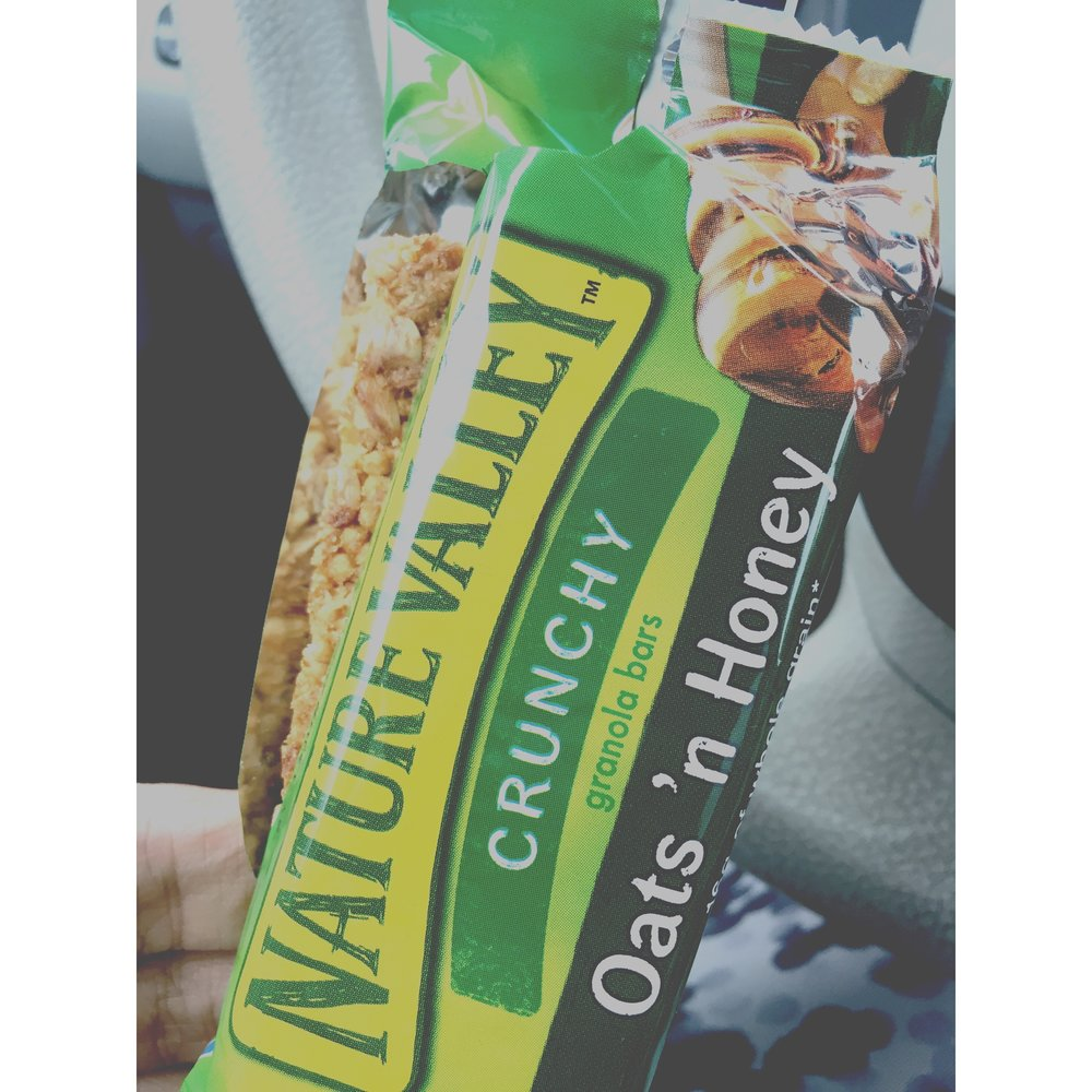post-workout on-the-go 🚗lunch... #naturevalley