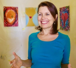 Cyntha Gonzalez, creator of the Creative Response Therapy™ - Cyntha Gonzalez began the creation of Creative Response Therapy™ in Paris, France in 1989, applying her background of Transpersonal Psychology and counseling, as well as non-ordinary states work, supporting the client to access deeper states of consciousness with the intention of healing and integration. She expanded the modalities beyond the initial Spontaneous Painting, to include Spontaneous Clay, Collage, Face Mask, Coloring Mandalas and Sand Mandalas. She also taught it in conjunction with Holotropic Breathwork, Constellation, Radical Forgiveness and Relationship workshops and her long-running yearlong Transpersonal Counseling Course. She initially taught private classes as well as trained medical practitioners throughout France, including psychologists, occupational therapists, geriatric and psychiatric nurses and special needs practitioners. She moved on to the UK and then the UAE, from where she is currently based and teaches this method throughout the Middle East, India, the Americas and Europe, both in person and online through Mundo Pato's Unitus TI Cloud platform. For more info on Cyntha: http://www.cynthagonzalez.com