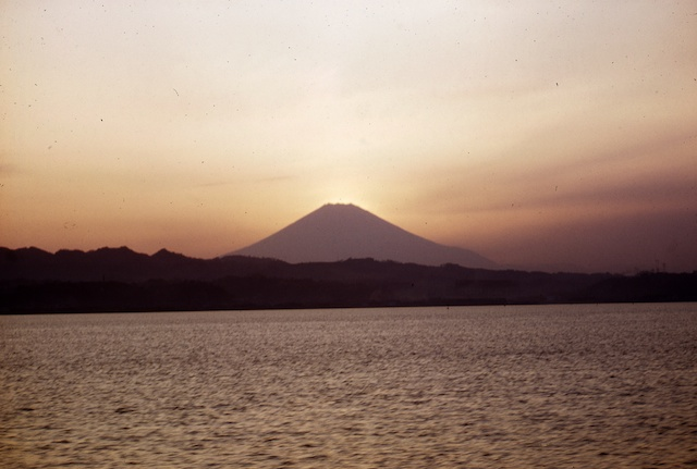 53.4.Oshima-TokyoBay.001.jpg