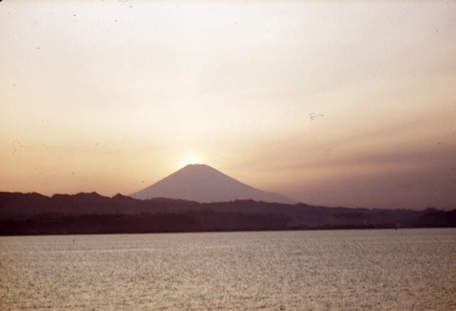 53.4.Oshima-TokyoBay.004.jpg