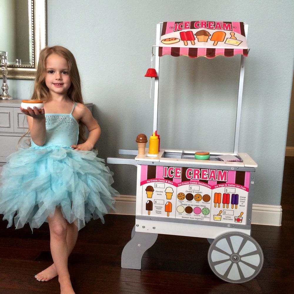 Holiday's Ice Cream Cart.JPG