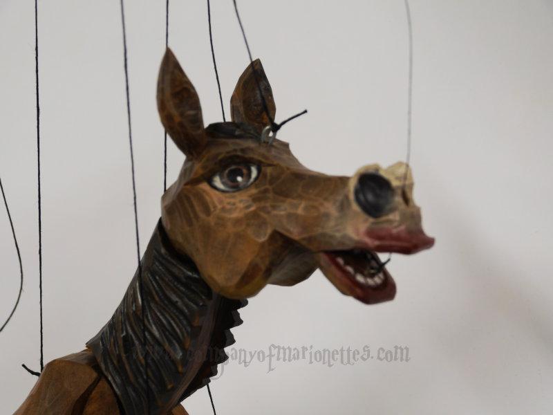 wooden_horse2.jpg